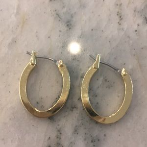 ⭐️ 2 for $8: Small gold earrings